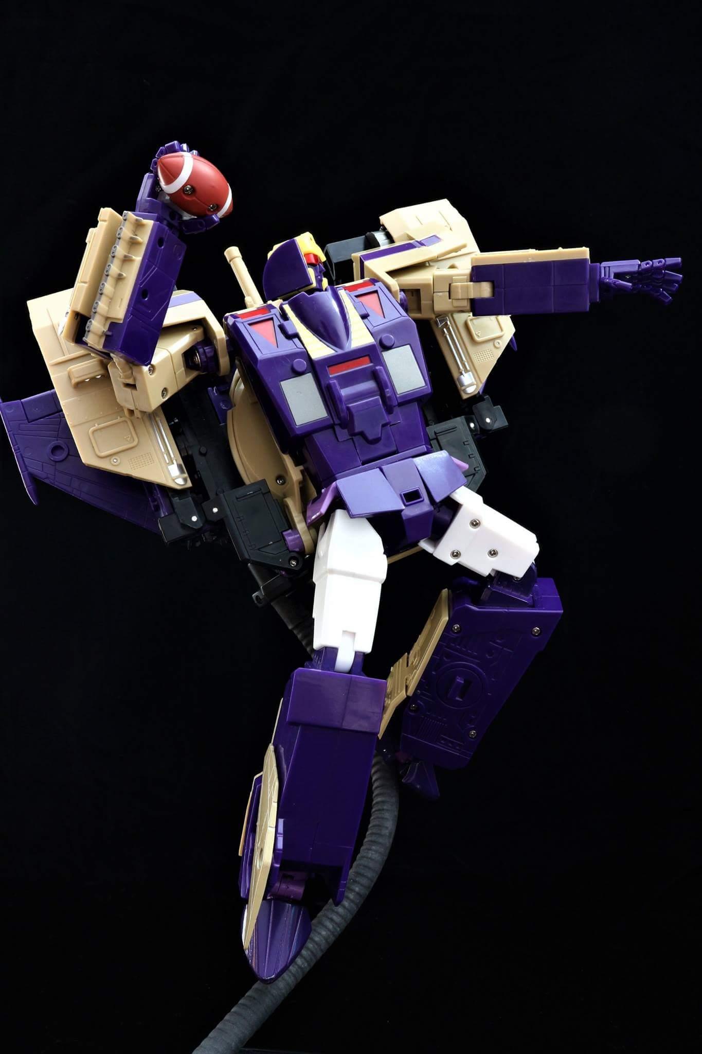 [KFC Toys] Produit Tiers - Jouet Phase 7-A Ditka - aka Blitzwing/Le Blitz - Page 3 V8WXud9P