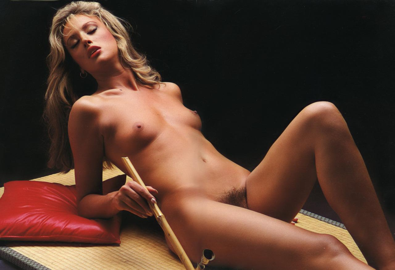carly-hanson-nude-chubby-hot-natural