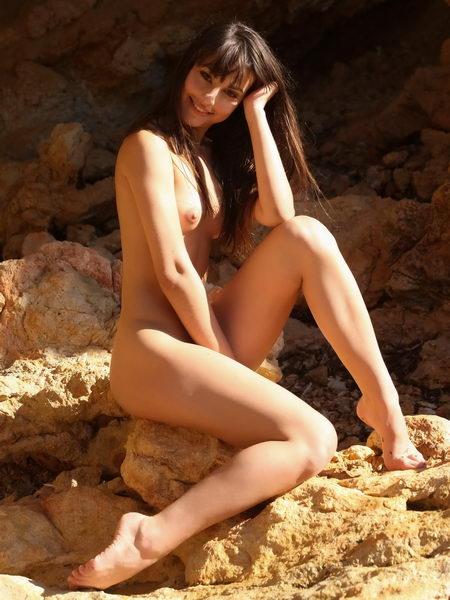 Cover image of [EroticBeauty] - 2016-01-22 - Lorena B - Presenting