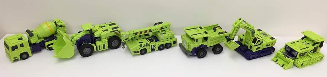[Toyworld] Produit Tiers - Jouet TW-C Constructor aka Devastator/Dévastateur (Version vert G1 et jaune G2) - Page 7 RLO5ktQn