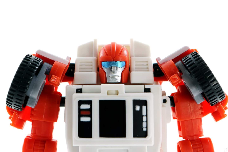 [BadCube] Produit Tiers - Minibots MP - Gamme OTS - Page 7 UpJMjRXv