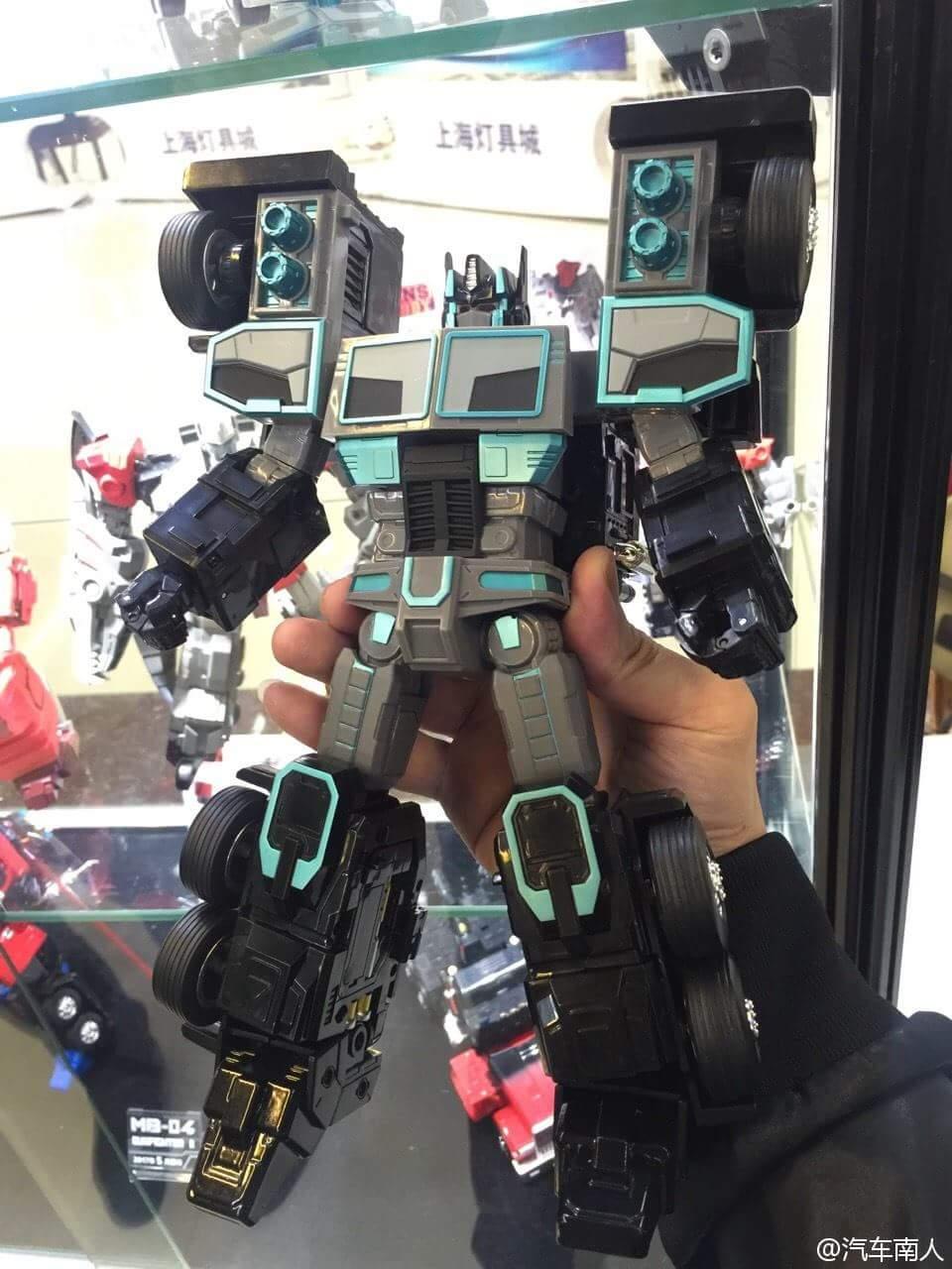 [FansHobby] Produit Tiers - Master Builder MB-01 Archenemy (aka Scourge RID 2000),  MB-04 Gunfighter II (aka Laser Optimus G2) et MB-09 Trailer (remorque) AOZGO8JD
