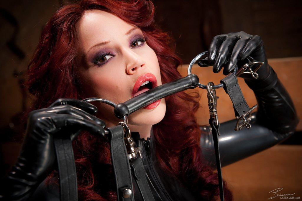 Bianca Beauchamp - La Bestia Pelirroja Parte 4