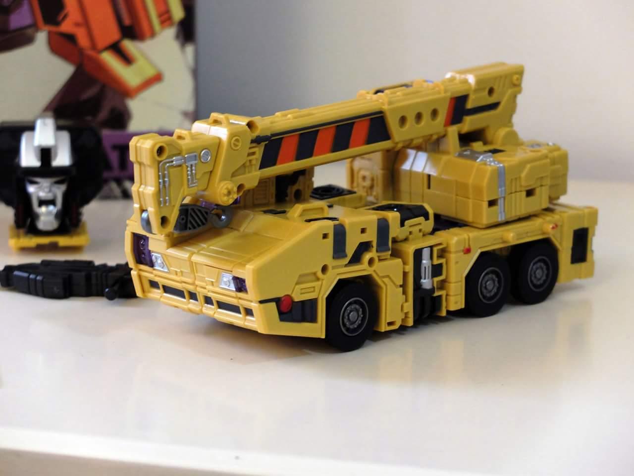 [Toyworld] Produit Tiers - Jouet TW-C Constructor aka Devastator/Dévastateur (Version vert G1 et jaune G2) - Page 8 LVEsmnZM