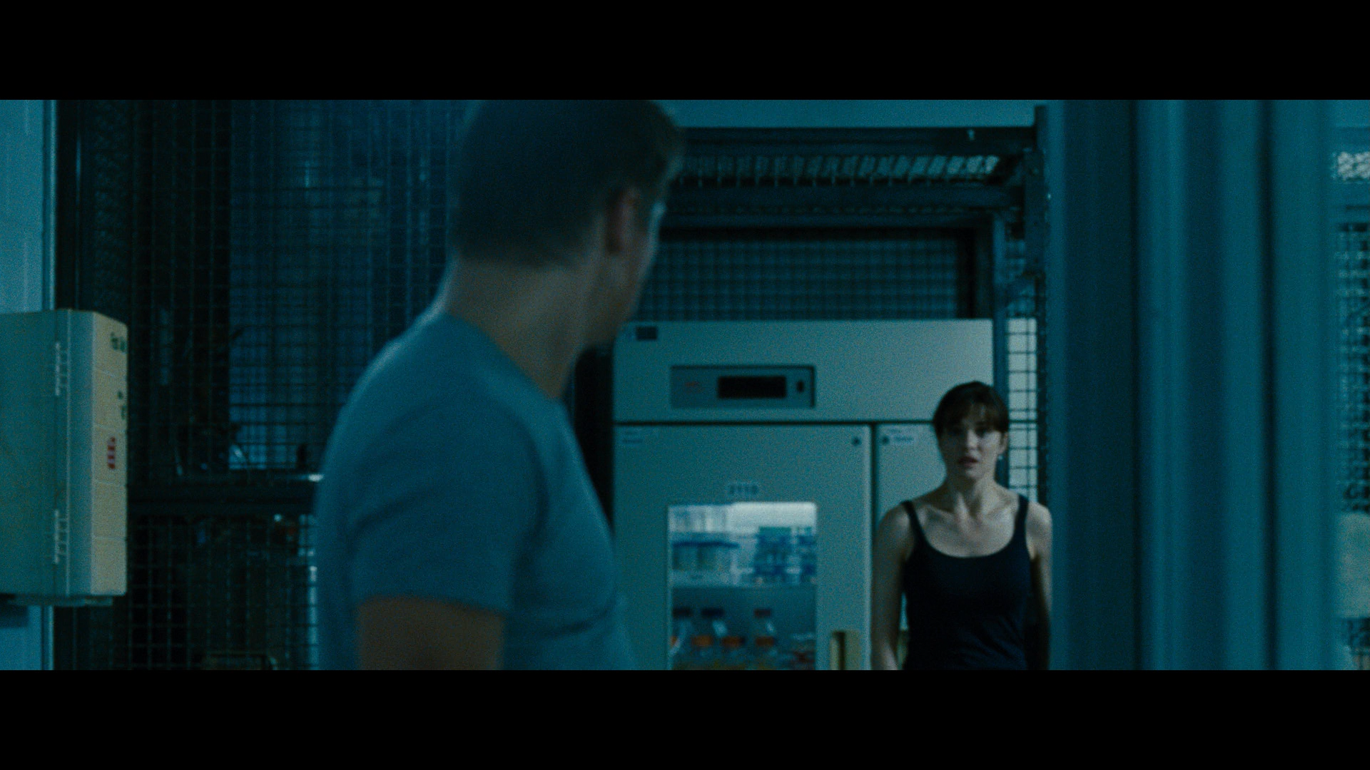 The Bourne Legacy 2012 1080p BluRay REMUX DTS-HD MA 7 1-PublicHD preview 11