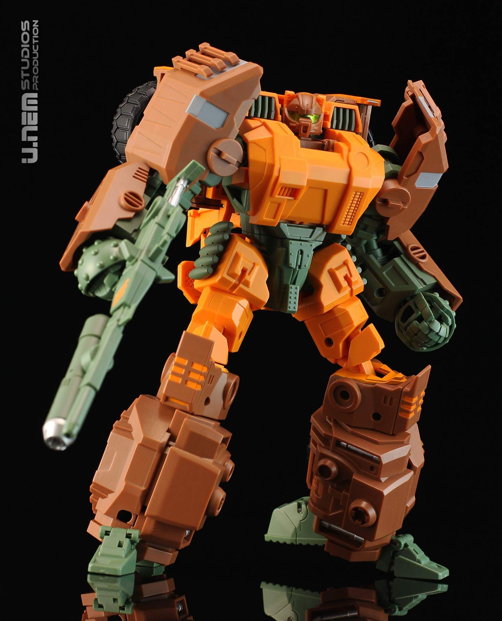 [Mastermind Creations] Produit Tiers - R-23 Dicamus - aka Roadbuster/Cahot des Wreckers IDW IITvVlRq
