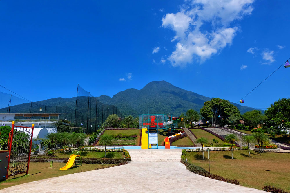 Wisata Bogor: The Highland Park Resort Hotel, Camping Ala Suku Apache dan Mongolia
