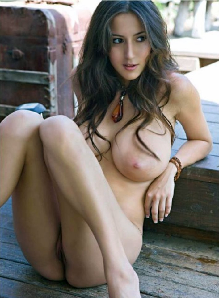 nud very sexi sexi women