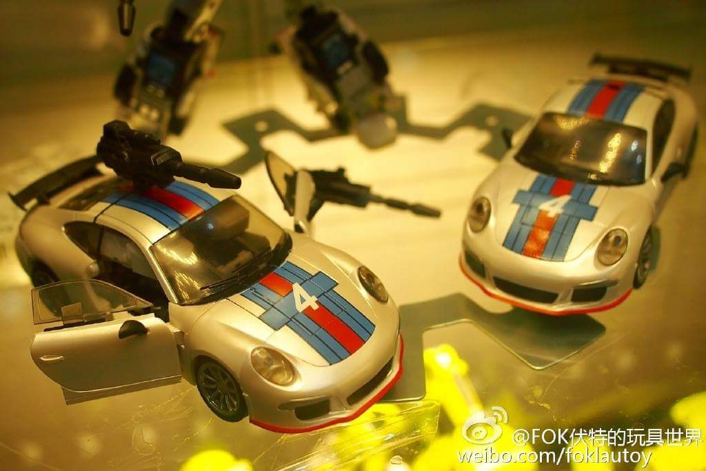 [Generation Toy] Produit Tiers - Jouets TF de la Gamme GT - des BD TF d'IDW - Page 2 Bf8QP1Xc