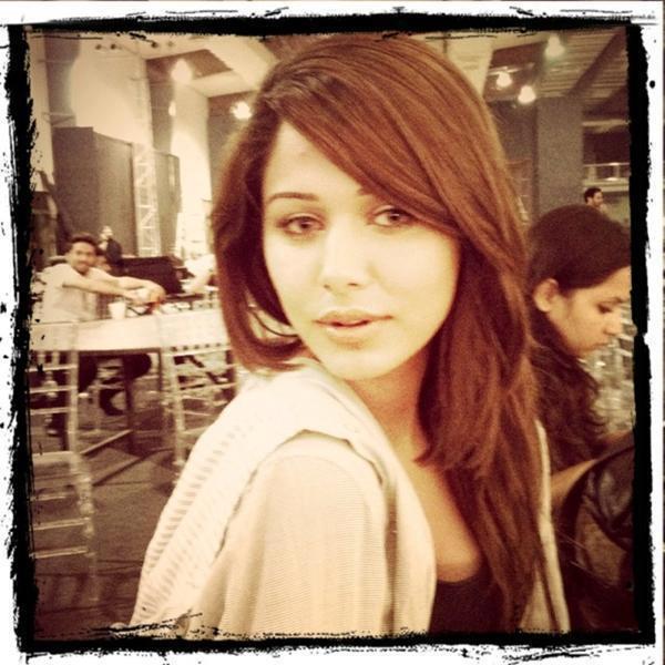 Ayyan - top model of Pakistan - Page 5 AdlwL6A8