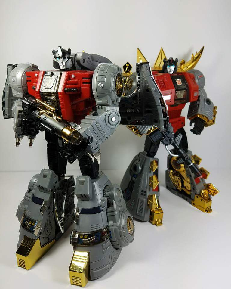 [Fanstoys] Produit Tiers - Dinobots - FT-04 Scoria, FT-05 Soar, FT-06 Sever, FT-07 Stomp, FT-08 Grinder - Page 9 EpiciX8L