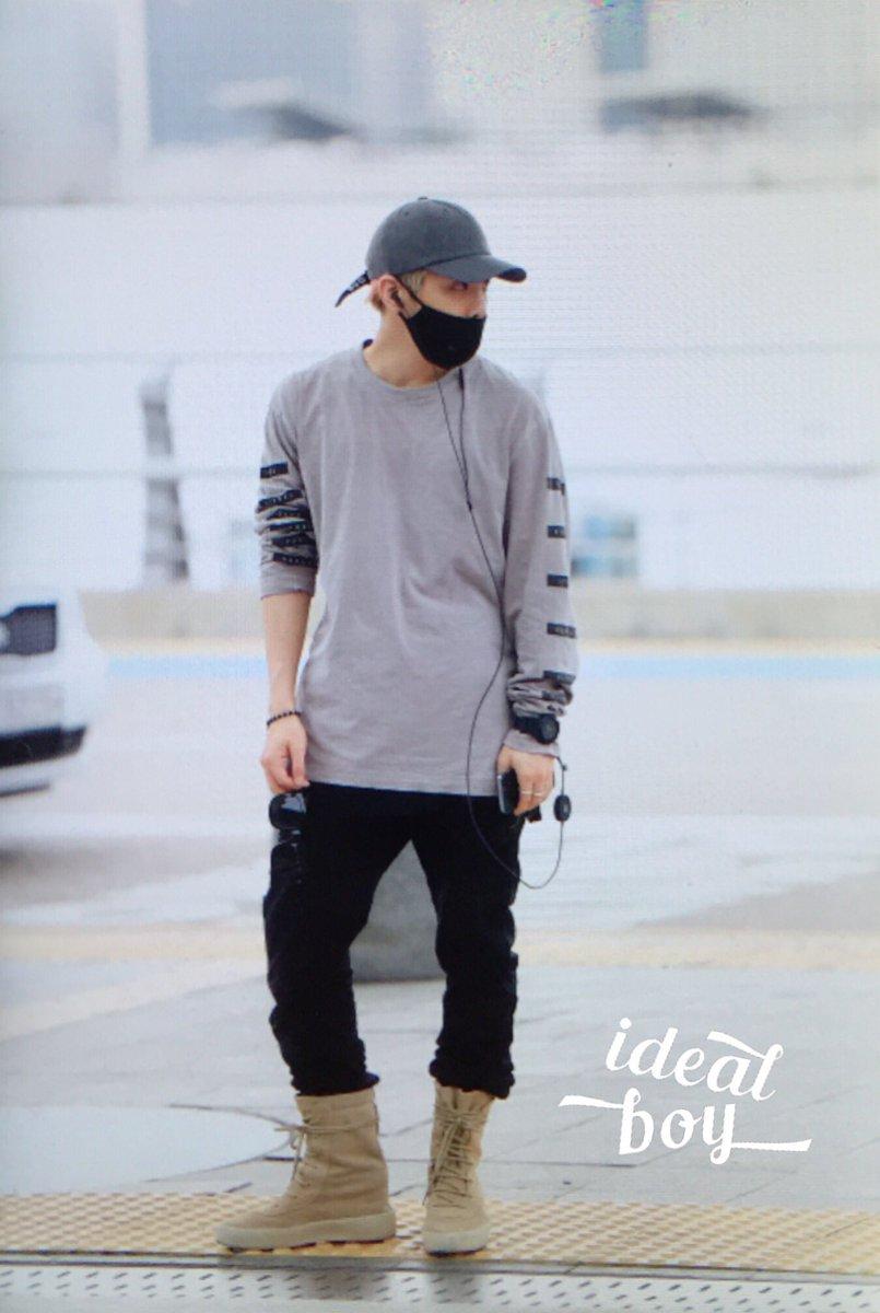 [IMG/160715] Jonghyun, Key @ Aeropuerto Incheon hacia Japón. LdXYwcAe