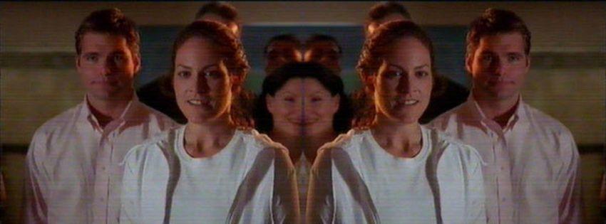 2001 The Way She Moves (TV Movie) 8NtIkznB