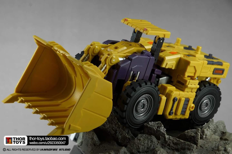 [Toyworld] Produit Tiers - Jouet TW-C Constructor aka Devastator/Dévastateur (Version vert G1 et jaune G2) - Page 8 3FWs1d2t