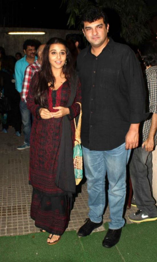 Celebs at Aashiqui 2 Movie Special Screening AbqsFyVA