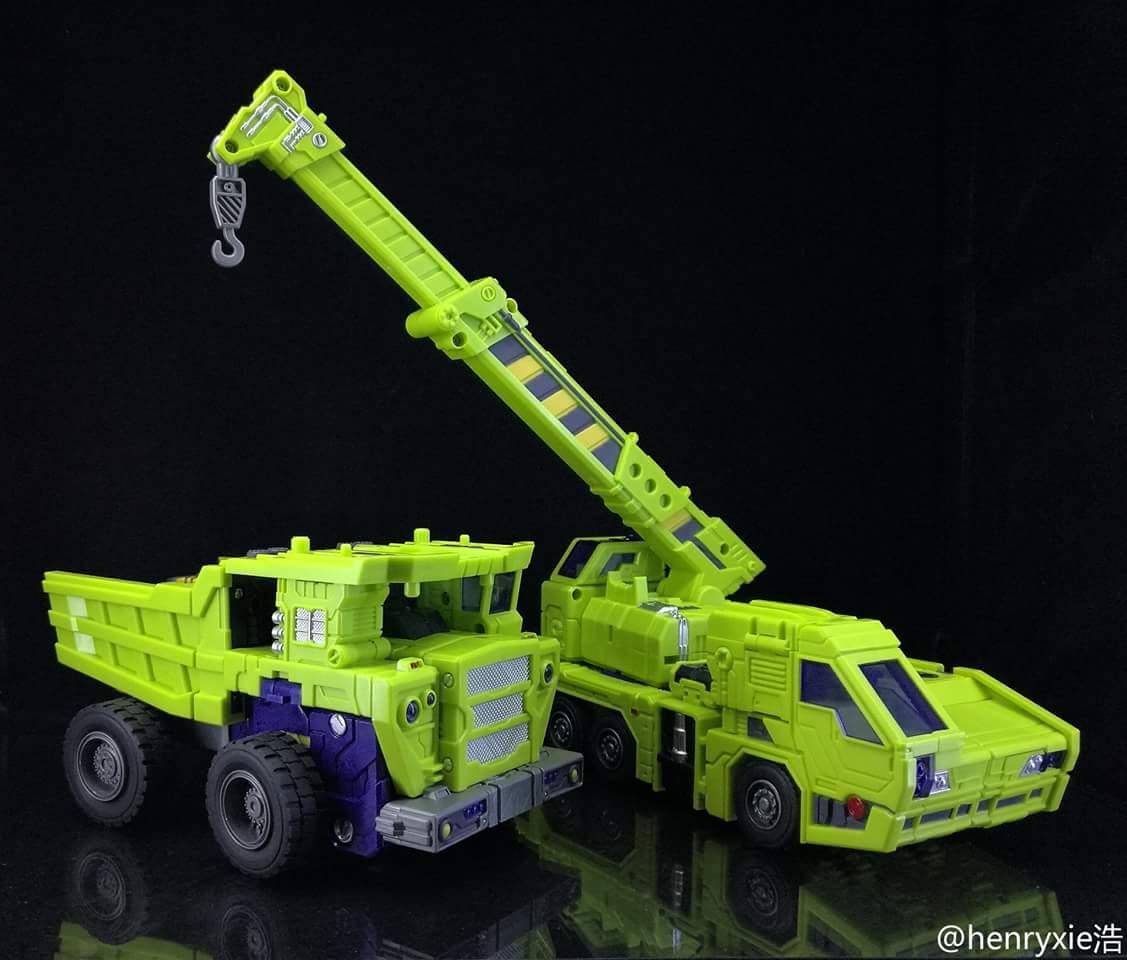 [Toyworld] Produit Tiers - Jouet TW-C Constructor aka Devastator/Dévastateur (Version vert G1 et jaune G2) - Page 7 XB96b9MW