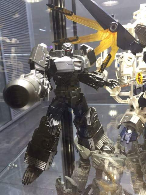 [Mastermind Creations] Produit Tiers - Reformatted R-13 Spartan (aka Impactor) des Wreckers + R-14 Commotus (aka Turmoil) - IDW DfQhused