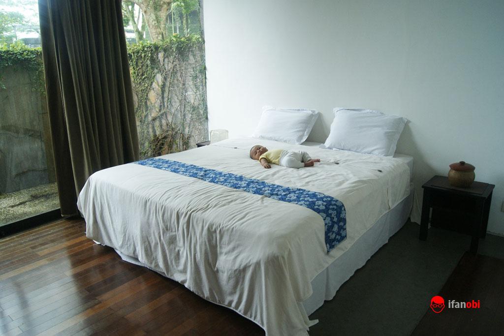 kamar tidur dengan kasur besar di Tea Garden Resort