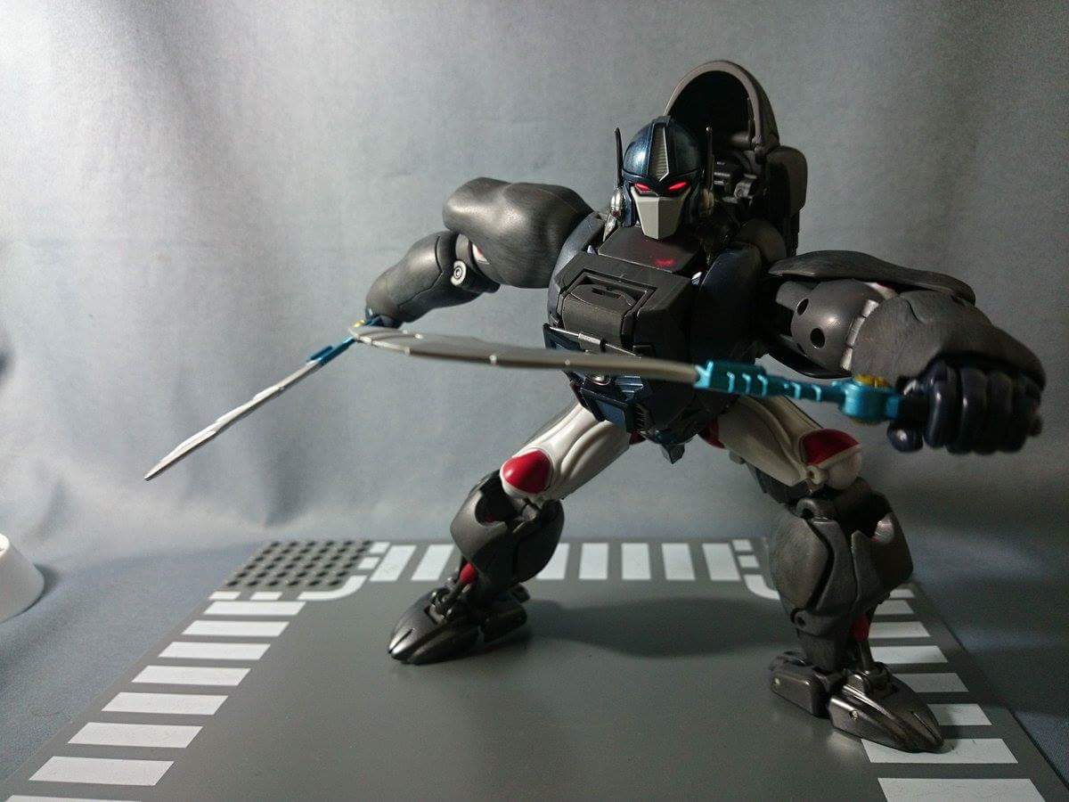 [Masterpiece] MP-32, MP-38 Optimus Primal et MP-38+ Burning Convoy (Beast Wars) - Page 3 U4QVhVLP