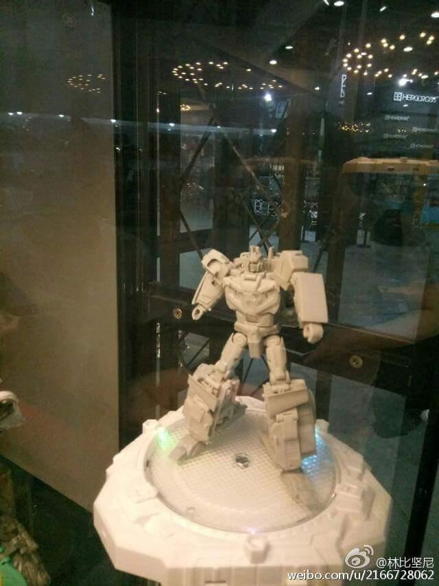 [TFC Toys] Produit Tiers - Jouet Trinity Force aka Road Caesar (Transformers Victory) VcNkdYBr