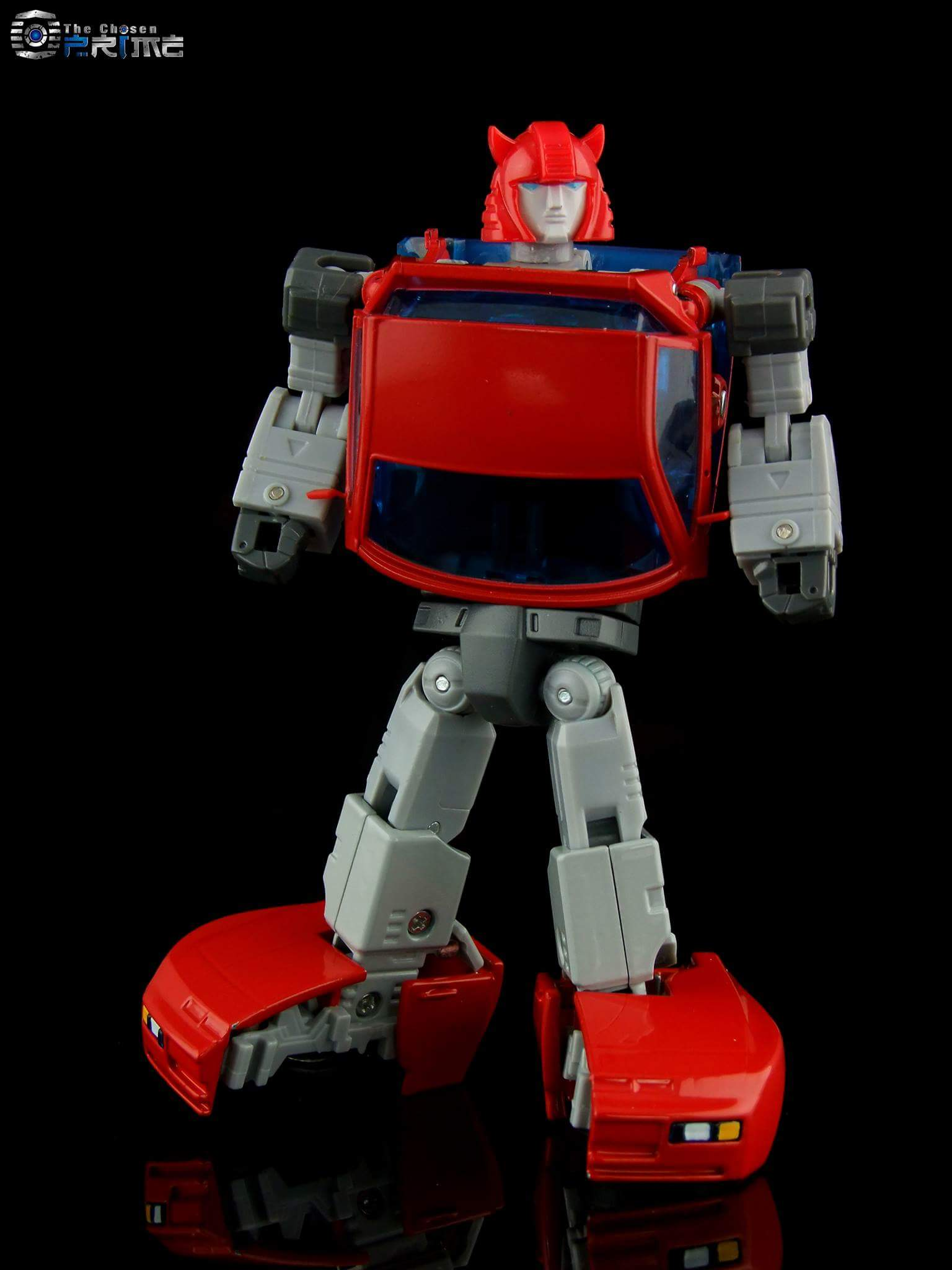 [ACE Collectables] Produit Tiers - Minibots MP - ACE-01 Tumbler (aka Cliffjumper/Matamore), ACE-02 Hiccups (aka Hubcap/Virevolto), ACE-03 Trident (aka Seaspray/Embruns) CDv2Gi63