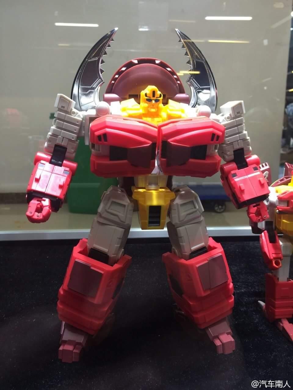 [FansHobby] Produit Tiers - Master Builder MB-02/03/05 - aka Monsterbots/Monstrebots GHMd5Fm6