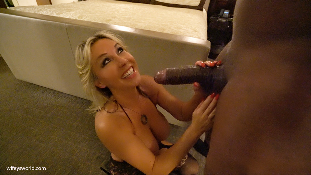 Wifey fucks black guy