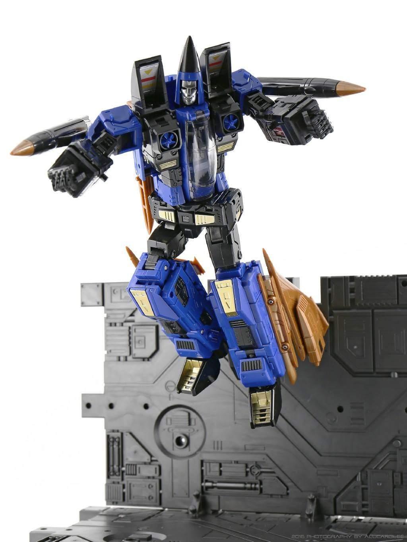 [ToyWorld] Produit Tiers - TW-M02A Combustor (Ramjet/Statoréacto), TW-M02B Assault (Thrust/Fatalo), TW-M02C Requiem (Dirge/Funébro) - Page 2 6Dup1Goj
