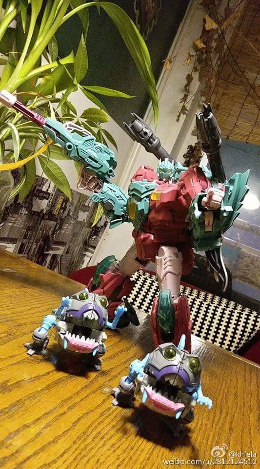 [TFC Toys] Produit Tiers - Jouet Poseidon - aka Piranacon/King Poseidon (TF Masterforce) - Page 3 2BU6psdG