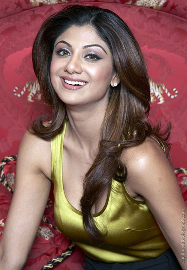 Shilpa Shetty Suprising AblwLZUM