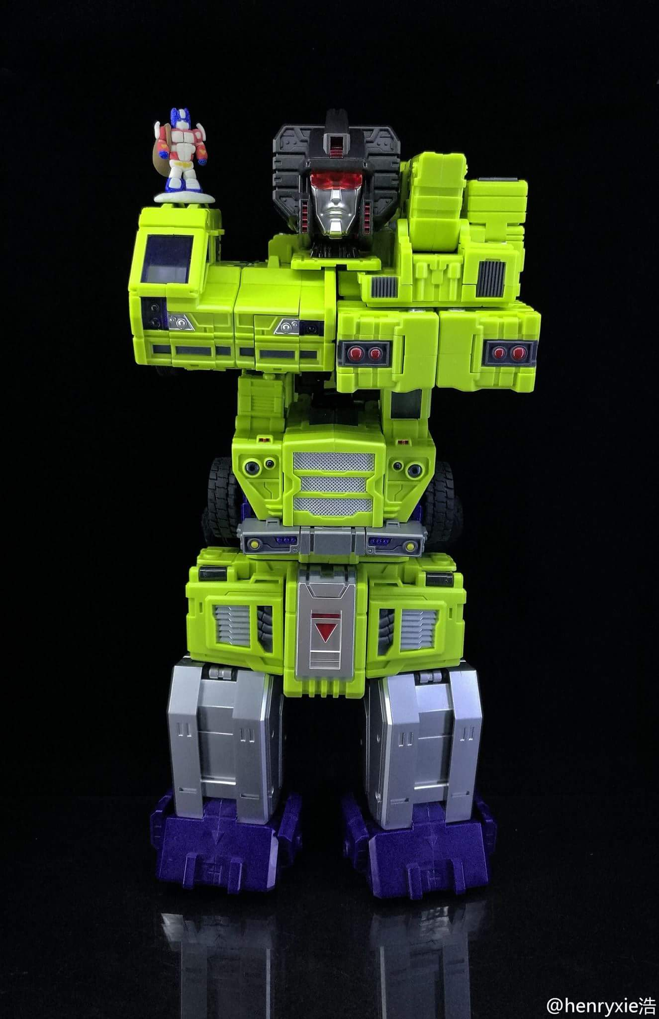 [Toyworld] Produit Tiers - Jouet TW-C Constructor aka Devastator/Dévastateur (Version vert G1 et jaune G2) - Page 7 VQhbjq0h
