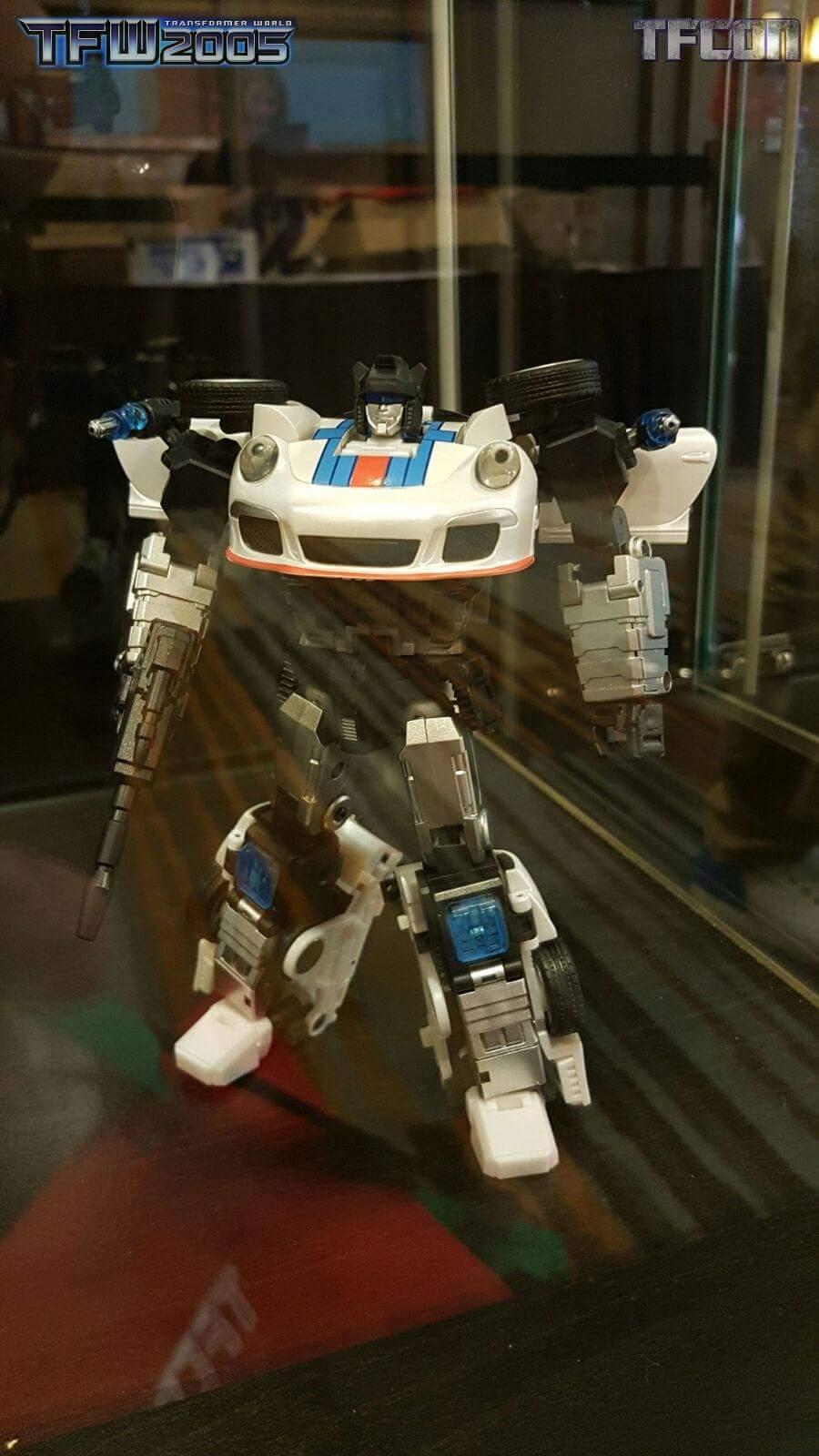 [Generation Toy] Produit Tiers - Jouets TF de la Gamme GT - des BD TF d'IDW Gt8hVbnz
