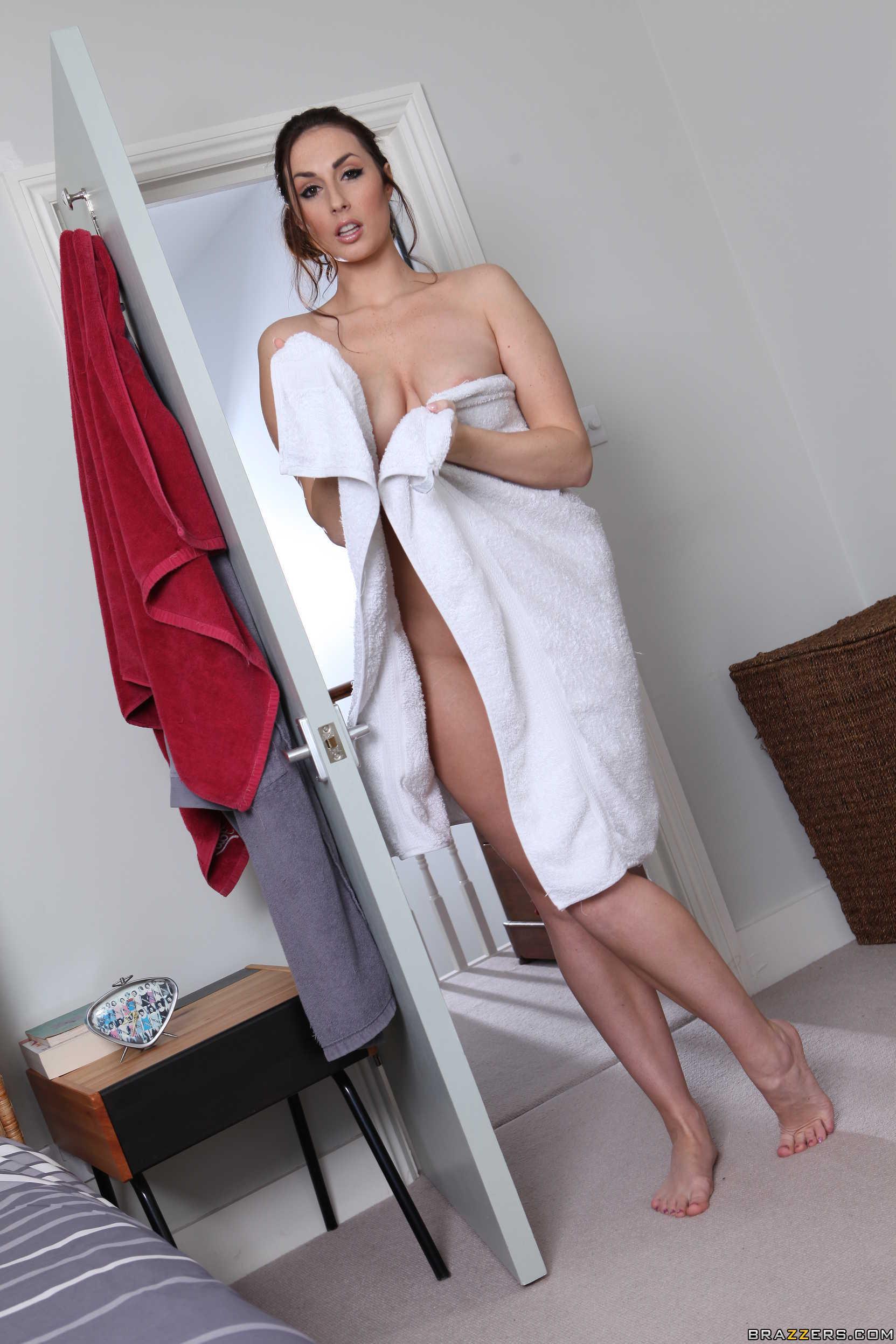 Paige turnah nude