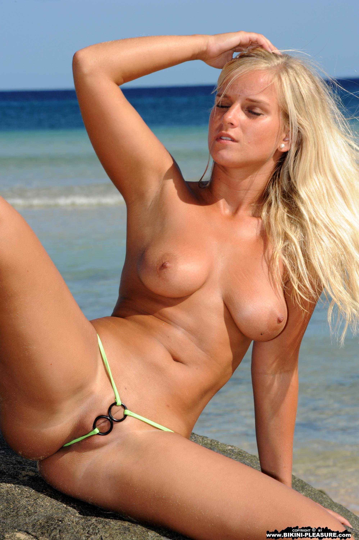 Milf tanga. bikini