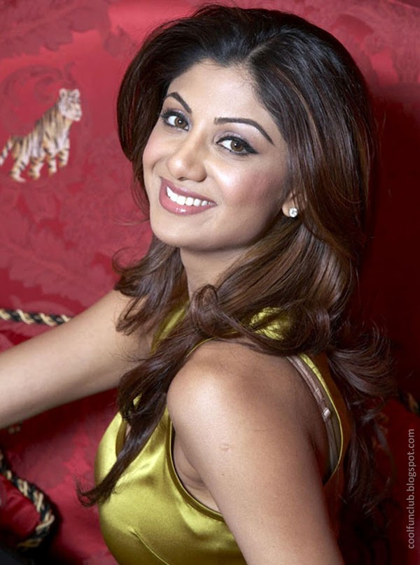Shilpa Shetty Suprising Abdq7xww