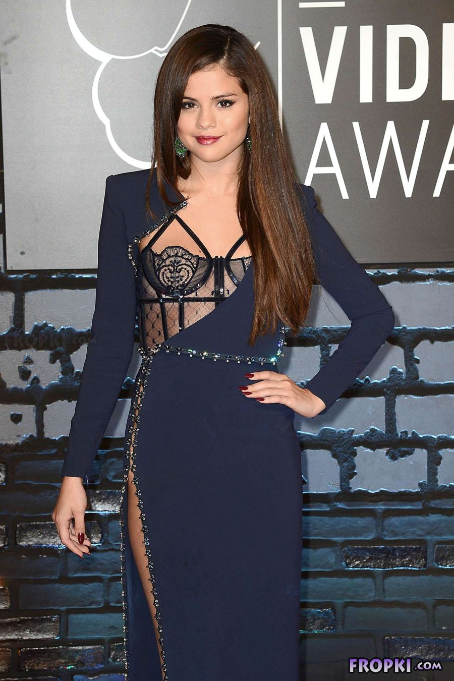 Selena Gomez - 2013 MTV Video Music Awards in NY AbpQothZ