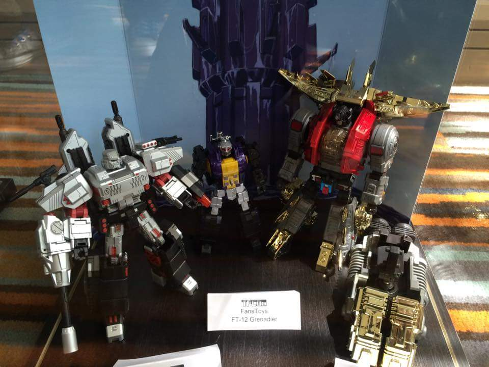 [Fanstoys] Produit Tiers - Jouet FT-12 Grenadier / FT-13 Mercenary / FT-14 Forager - aka Insecticons CiZLC7iF