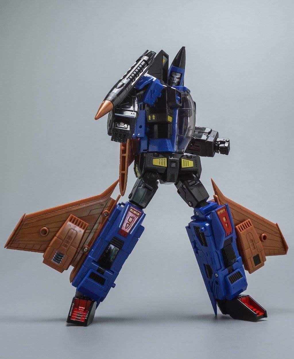 [ToyWorld] Produit Tiers - TW-M02A Combustor (Ramjet/Statoréacto), TW-M02B Assault (Thrust/Fatalo), TW-M02C Requiem (Dirge/Funébro) - Page 2 UUfihcmE