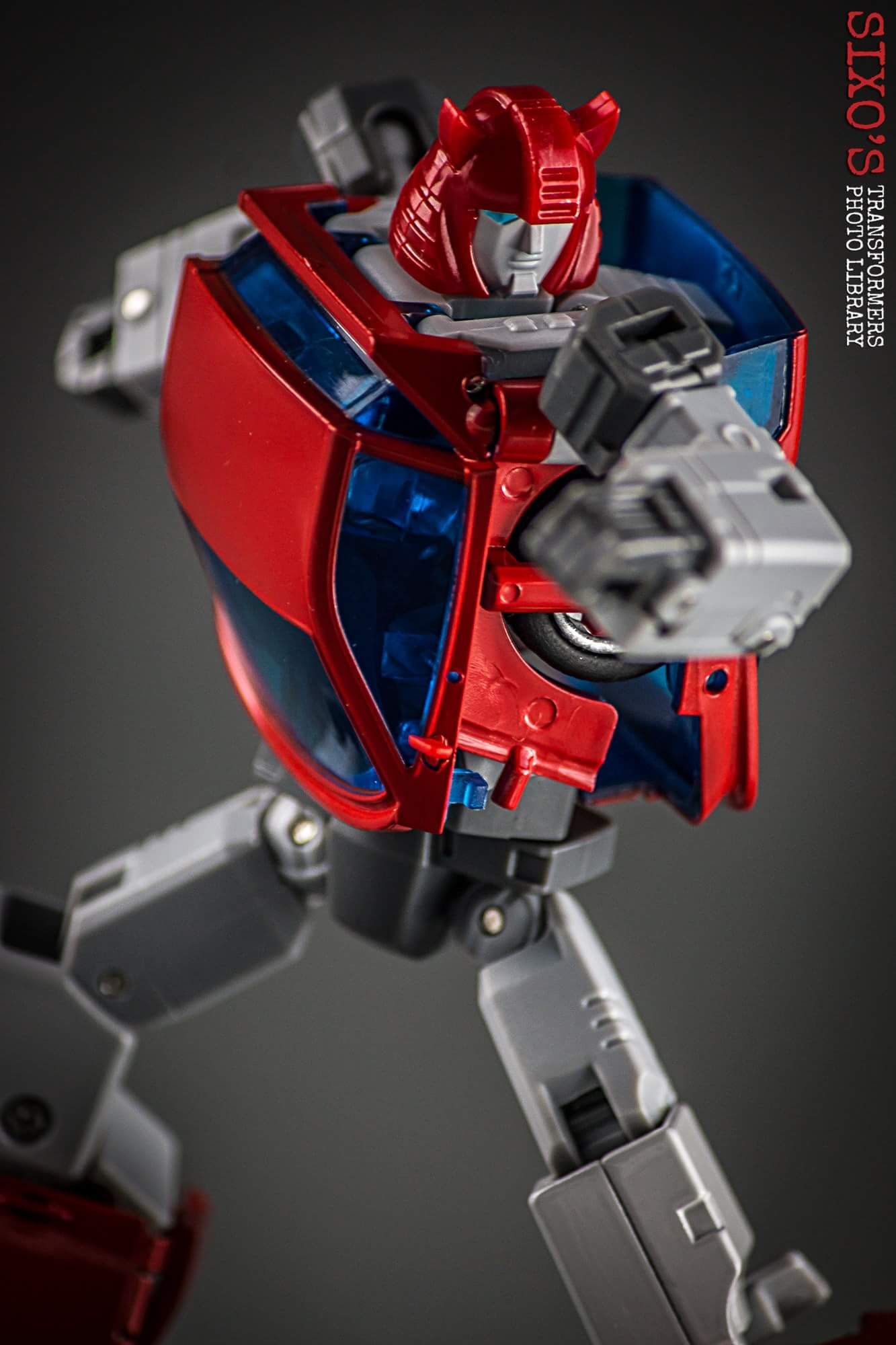 [ACE Collectables] Produit Tiers - Minibots MP - ACE-01 Tumbler (aka Cliffjumper/Matamore), ACE-02 Hiccups (aka Hubcap/Virevolto), ACE-03 Trident (aka Seaspray/Embruns) TSAIHfuE
