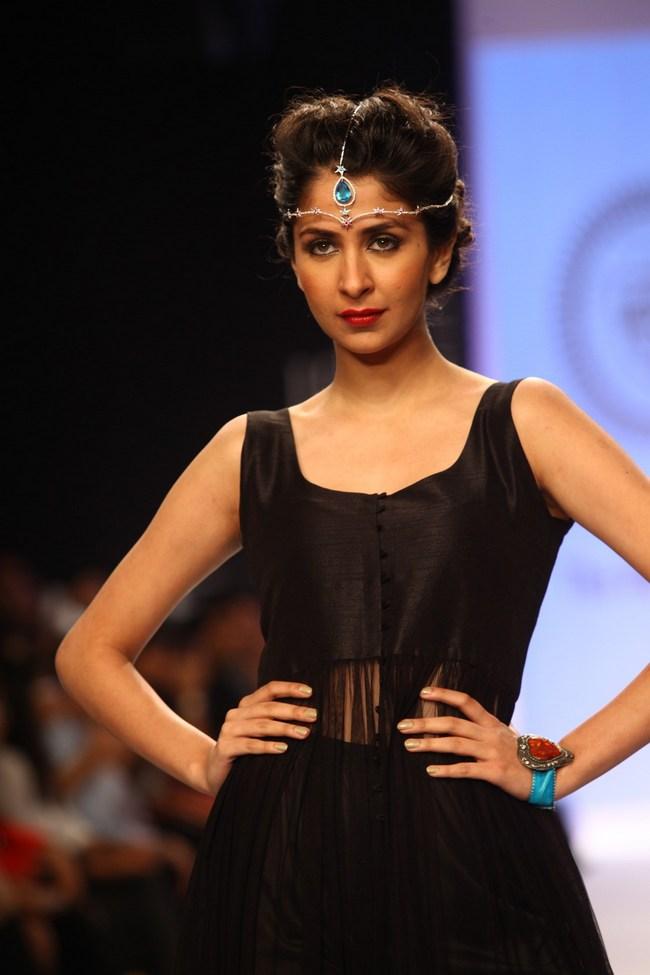 Bollywood celebs On the Ramp IIJW 2013 15 images AbgziIkG