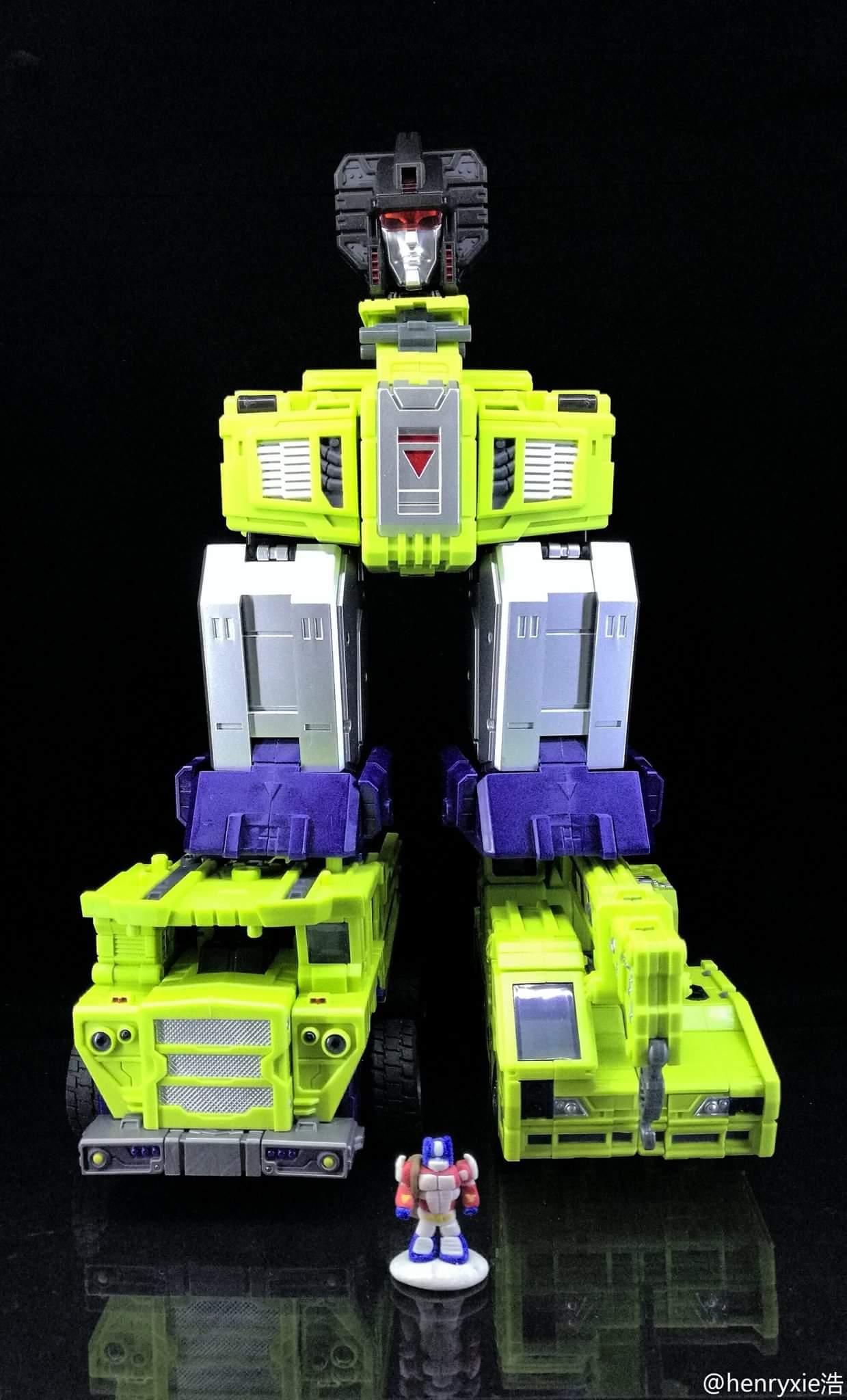 [Toyworld] Produit Tiers - Jouet TW-C Constructor aka Devastator/Dévastateur (Version vert G1 et jaune G2) - Page 7 JsW07pgi