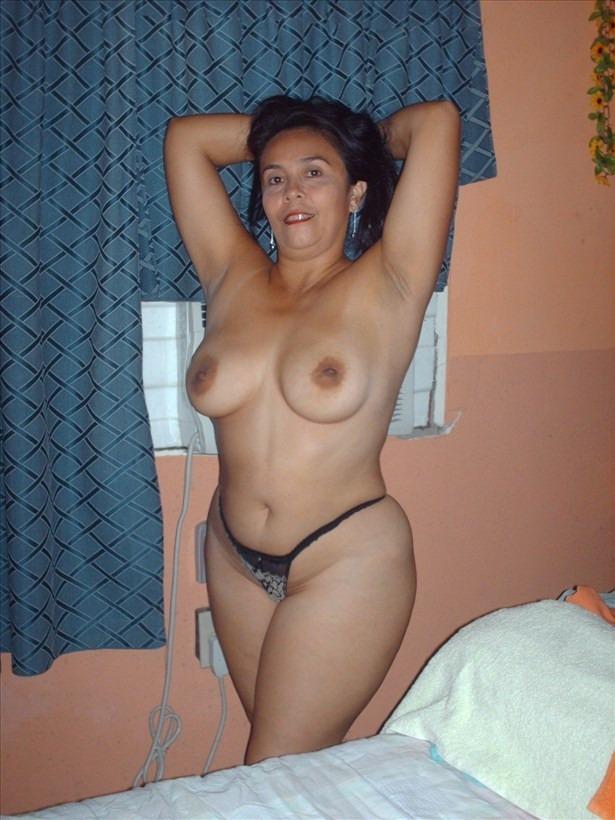 Una señora madura buena y peluda
