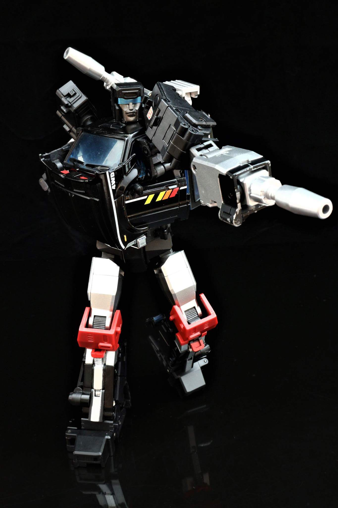 [BadCube] Produit Tiers - Jouet OTS-11 Speedbump - aka Trailbreaker/Glouton - Page 2 NZvTwSOo