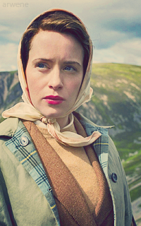 Claire Foy  ZUdvSQH0