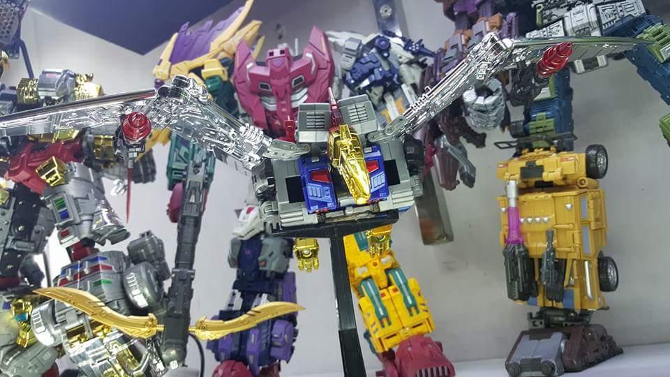 [Toyworld][ZetaToys] Produit Tiers - Jouet TW-D aka Combiner Dinobots - Page 2 Goun2rb9