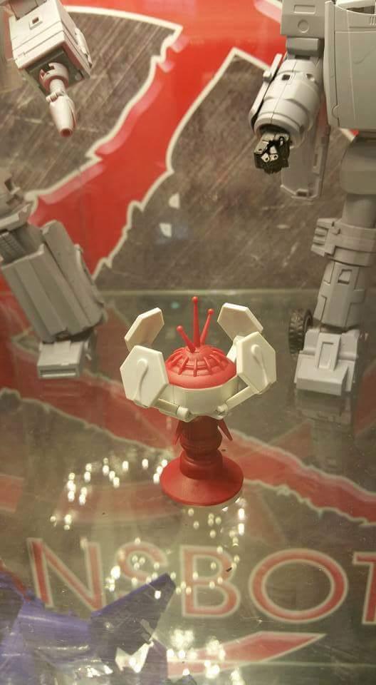 [X-Transbots] Produit Tiers - Jouet MX-VIII Aegis - aka Trailbreaker/Glouton UlitpV1B