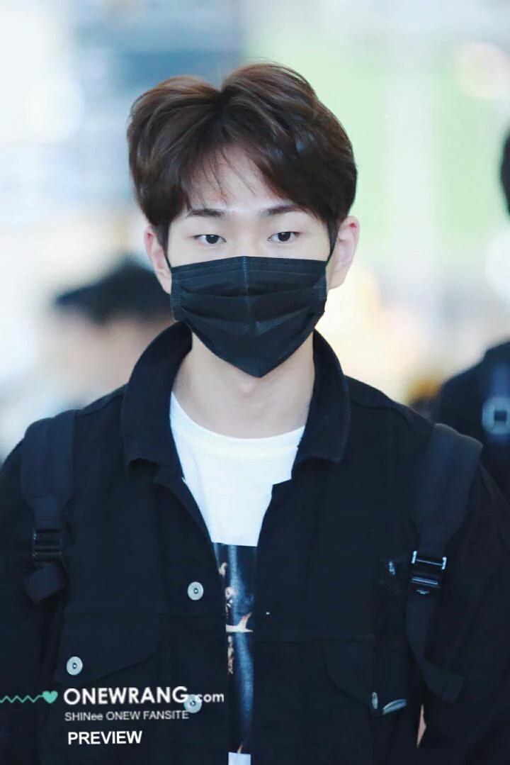 [IMG/160718] Onew, Jonghyun, Key, Minho @Aeropuerto de Kansai e Incheon (Jap-Cor) VDHmh0Bg