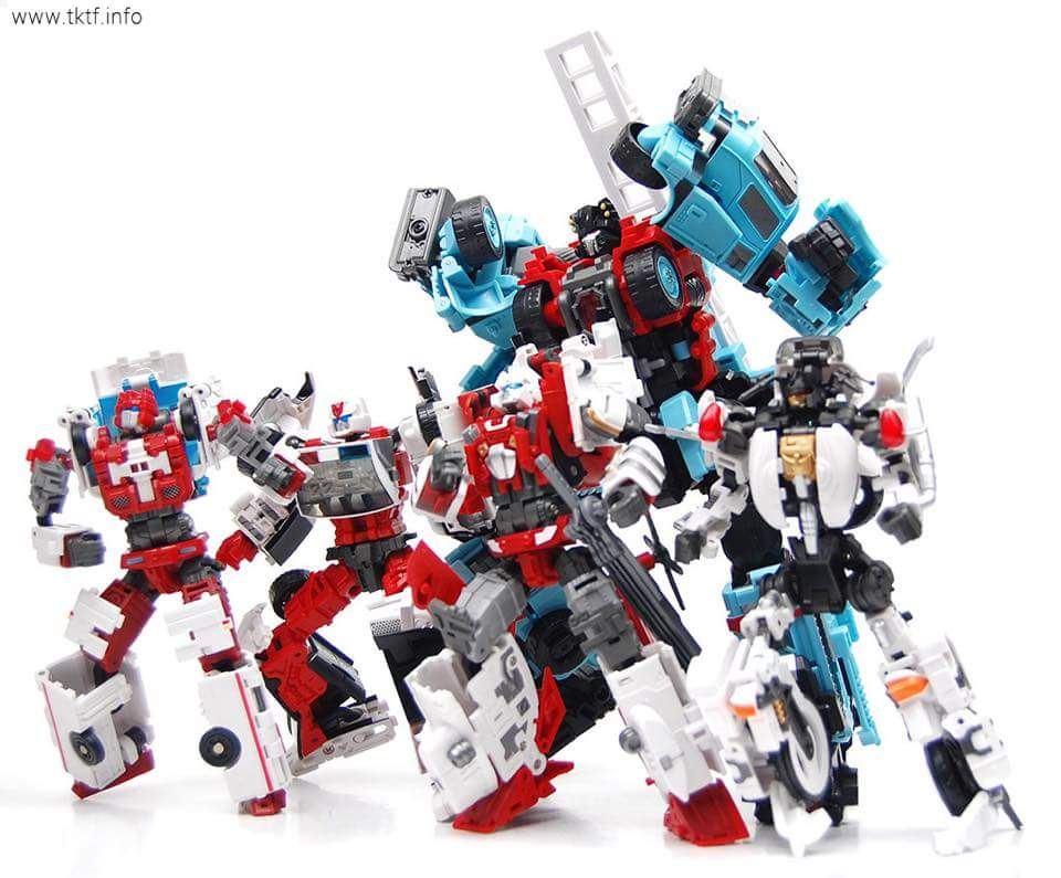 [MakeToys] Produit Tiers - Jouet MTCM-04 Guardia (aka Protectobots - Defensor/Defenso) - Page 4 FwLq039I