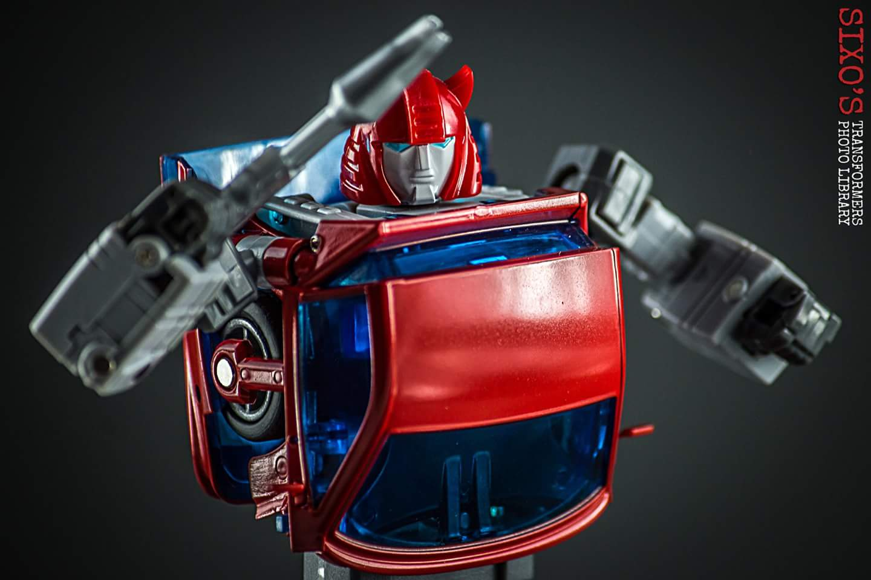 [ACE Collectables] Produit Tiers - Minibots MP - ACE-01 Tumbler (aka Cliffjumper/Matamore), ACE-02 Hiccups (aka Hubcap/Virevolto), ACE-03 Trident (aka Seaspray/Embruns) 1a5vuqum