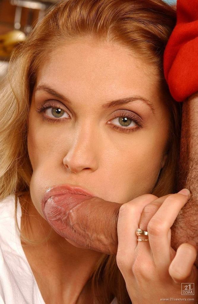 Swollen lips blowjob